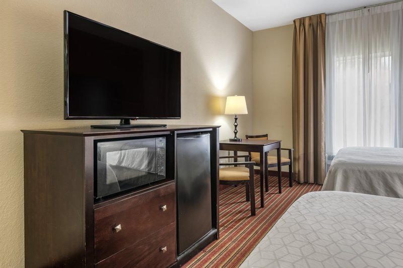 Holiday Inn Express & Suites The Villages-Guest Room<br/>Image from Leonardo