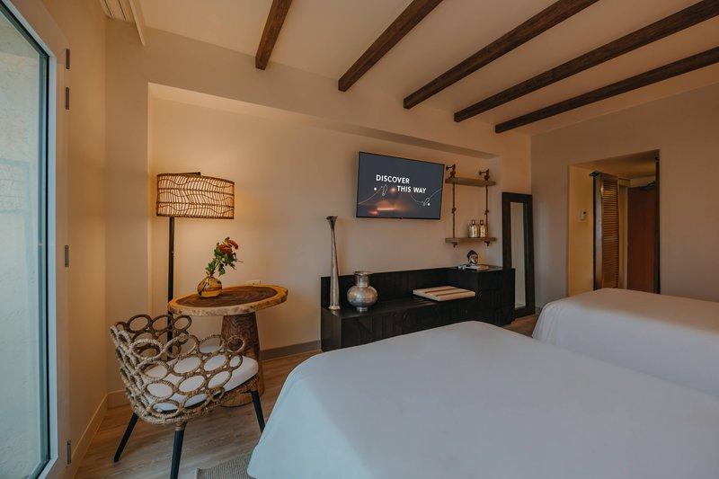 Renaissance Aruba Resort & Casino - Double/Double Guest Room - Resort View <br/>Image from Leonardo