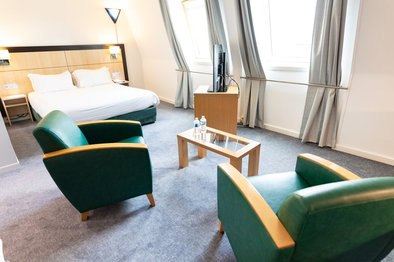 Holiday Inn Express Arras-Lounge corner in Privilege rooms and Privilege Balcony rooms<br/>Image from Leonardo