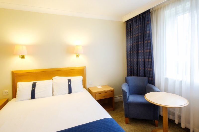 Holiday Inn Fareham - Solent-Our spacious hotel room has a double bed for guests<br/>Image from Leonardo