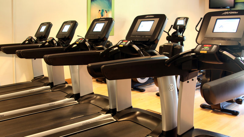 Holiday Inn Fareham - Solent-We have a range of gym equipment including treadmills<br/>Image from Leonardo