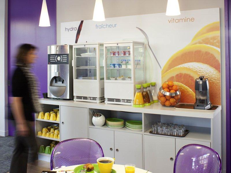 Novotel Lille Aeroport-Restaurant<br/>Image from Leonardo