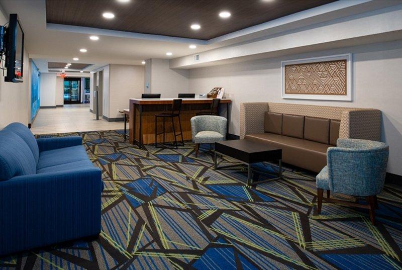 Holiday Inn Express Cincinnati West-Hotel Lobby<br/>Image from Leonardo