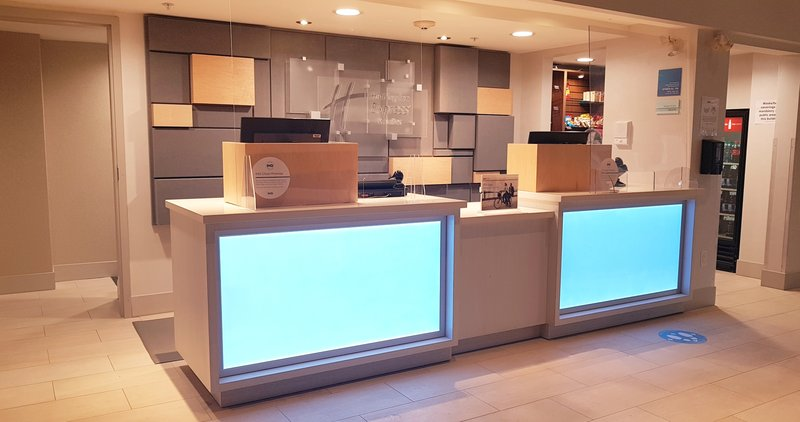 Holiday Inn Express & Suites Surrey-Holiday Inn Express & Suites Surrey Front Desk<br/>Image from Leonardo