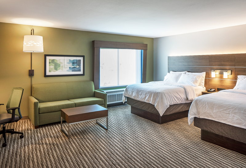 Holiday Inn Express And Suites West Omaha - Elkhorn-Guest Room<br/>Image from Leonardo