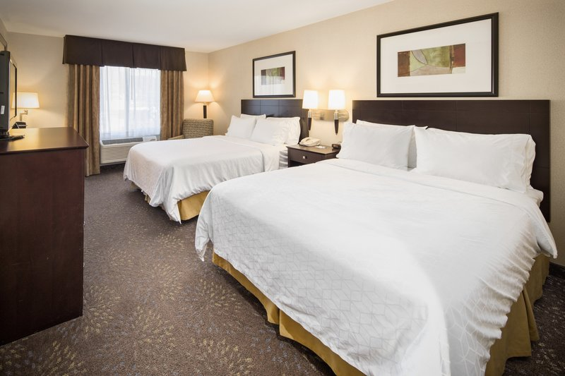 Holiday Inn Express & Suites Hill City Mt. Rushmore Area-Two queen beds <br/>Image from Leonardo