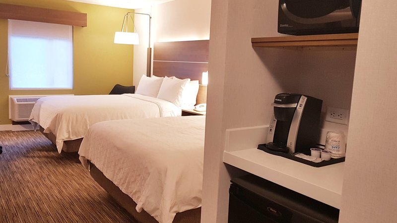 Holiday Inn Express & Suites Surrey-Room to share - two comfy queen beds with some comforts of home<br/>Image from Leonardo