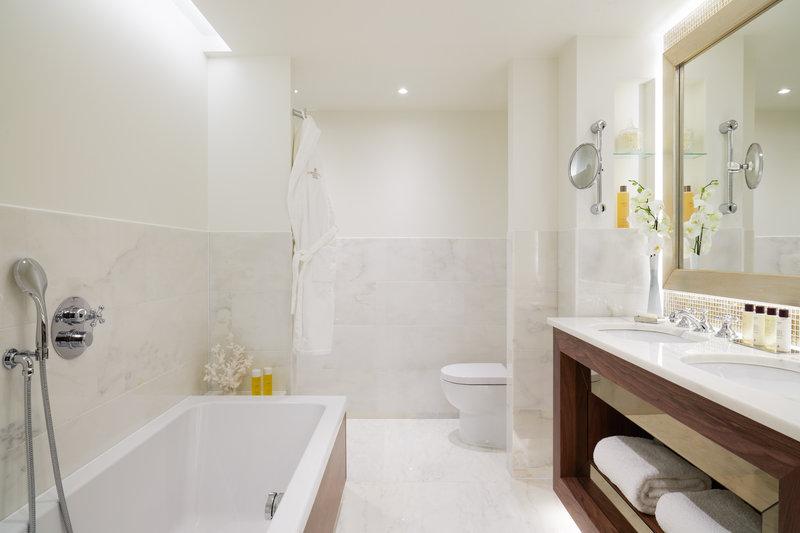 Corinthia Hotel Lisbon-Corinthia Lisbon Deluxe Junior Suite Tier Bathroom Jack Hardy<br/>Image from Leonardo