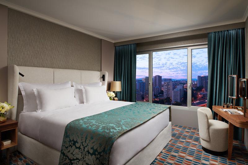 Corinthia Hotel Lisbon-Corinthia Lisbon Executive Suite Bedroom<br/>Image from Leonardo