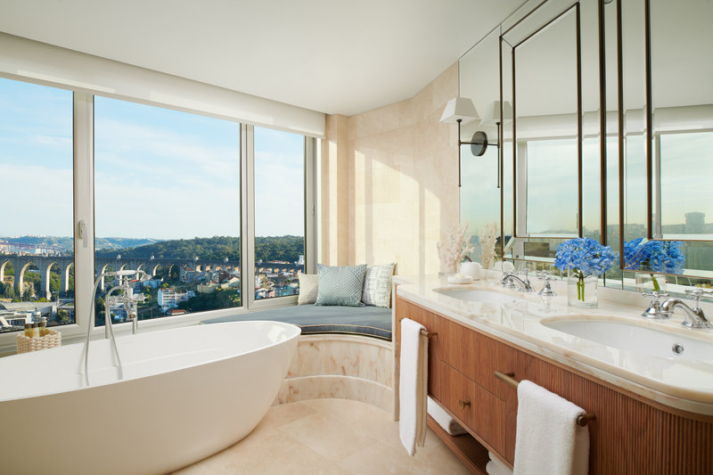 Corinthia Hotel Lisbon-Corinthia Lisbon Maritime Suite Bathroom<br/>Image from Leonardo