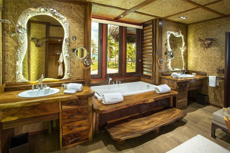 Vahine Island-Royale Suite Bathroom<br/>Image from Leonardo