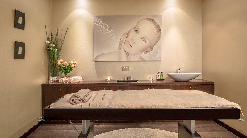 Intercontinental Porto - Palacio das Cardosas-You'll find three calming treatment rooms<br/>Image from Leonardo