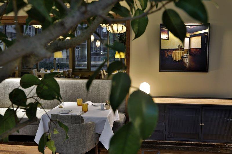 Intercontinental Porto - Palacio das Cardosas-Enjoy the weekend brunch at Astoria Restaurant <br/>Image from Leonardo