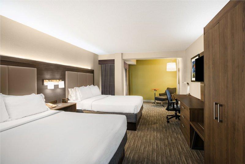 Holiday Inn Express Flint-Campus Area-Holiday Inn Express Flint 2 queen beds<br/>Image from Leonardo