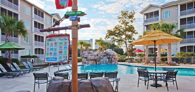 Holiday Inn Club Vacations South Beach Resort-Outdoor pool bar.<br/>Image from Leonardo