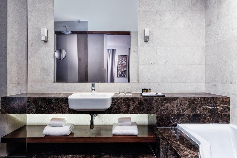 Metropol Palace Belgrade; a Luxury Collection Hotel-Junior Suite Bathroom<br/>Image from Leonardo