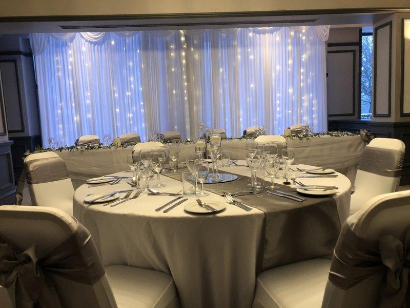 Holiday Inn Maidstone - Sevenoaks-Restaurant set for private dining<br/>Image from Leonardo