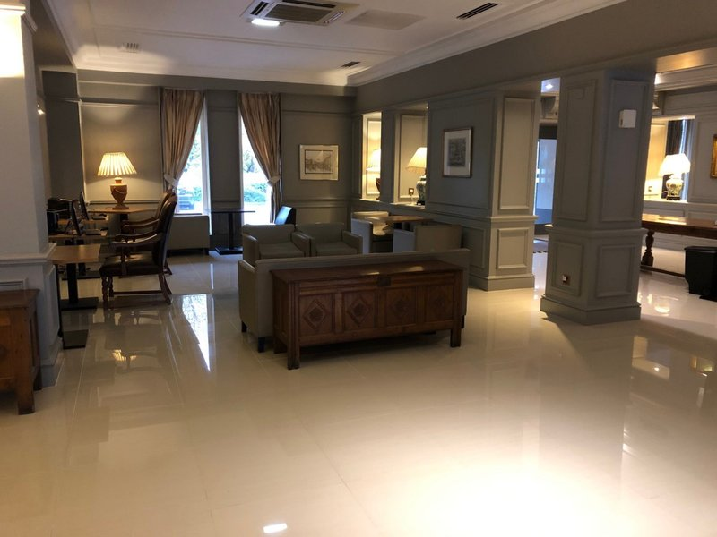 Holiday Inn Maidstone - Sevenoaks-Lobby Lounge<br/>Image from Leonardo