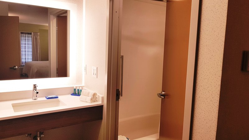 Holiday Inn Express & Suites Surrey-Guest Room<br/>Image from Leonardo