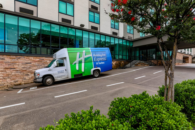 Holiday Inn Express and Suites Fort Worth Downtown-Hotel Shuttle<br/>Image from Leonardo