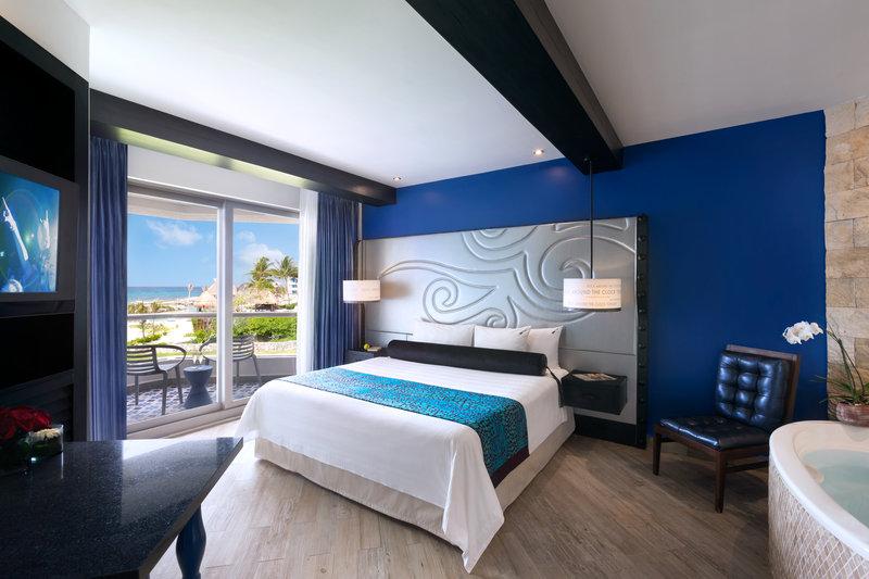 Hard Rock Riviera Maya - Family - HRH Riviera Maya Heaven King Corner Guest Room <br/>Image from Leonardo