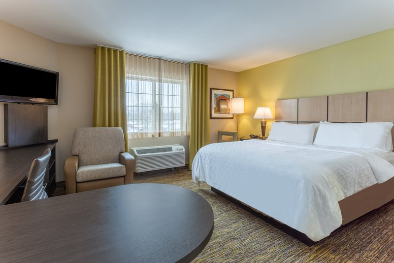 Candlewood Suites South Bend Airport-Guest Room<br/>Image from Leonardo