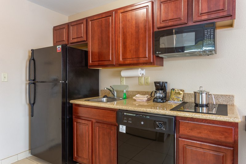 Candlewood Suites South Bend Airport-All Suites Kitchenette<br/>Image from Leonardo