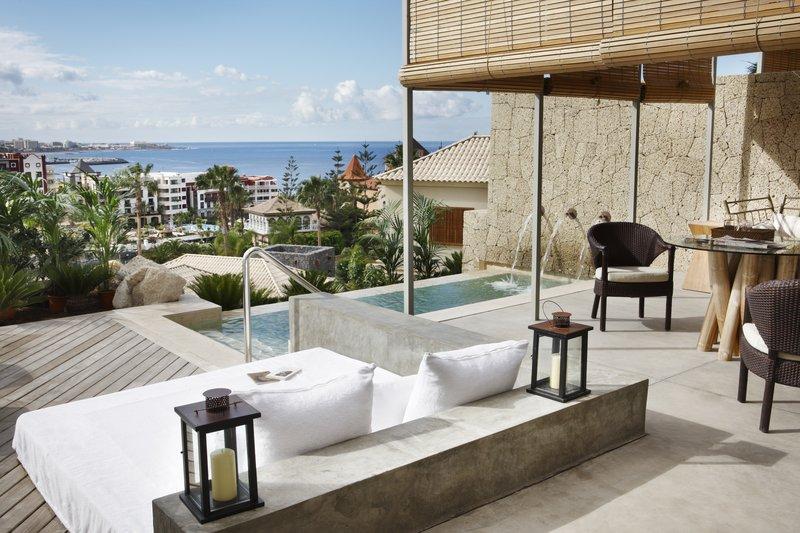 Gran Hotel Bahia del Duque-Villa Las Palmeras<br/>Image from Leonardo