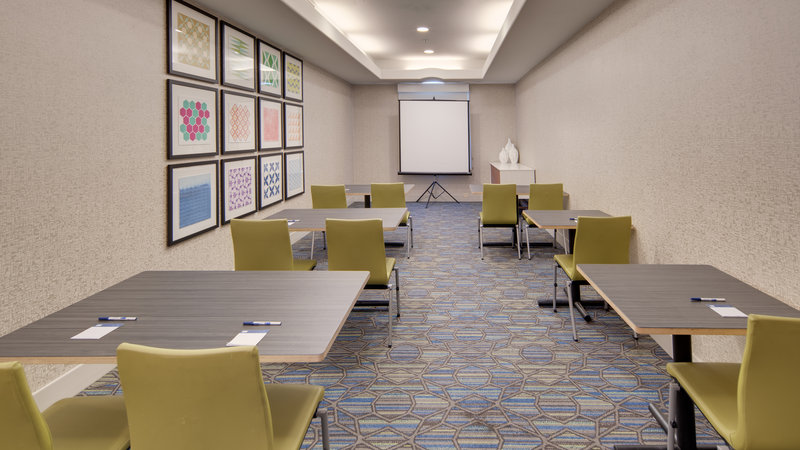 Holiday Inn Express & Suites Dinuba West-Meeting Room<br/>Image from Leonardo