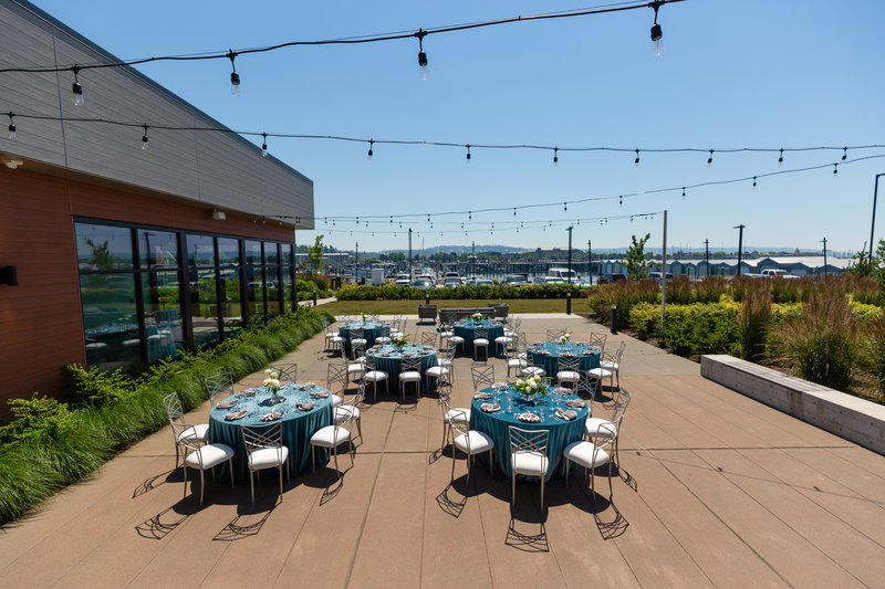 Hotel Indigo Seattle Everett Waterfront-Plenty of room for your guest to eat and dance.<br/>Image from Leonardo